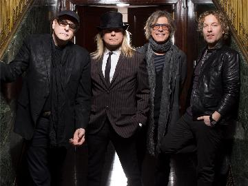 Cheap Trick Live in Japan