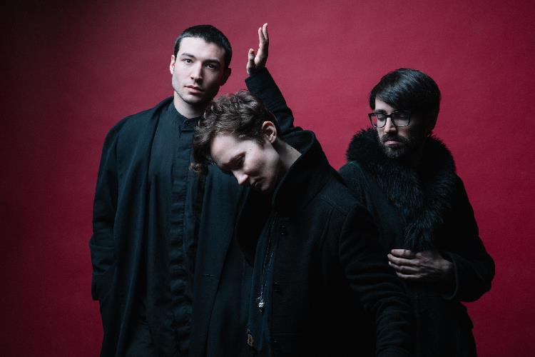 Sons Of An Illustrious Father Live in Singapore